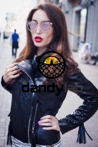 IMG 4324 e1470949389520 200x300 Женская черная куртка из натуральной кожи питона