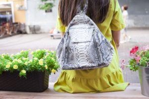 IMG 6569 300x200 Оригинальный рюкзак из натуральной кожи питона
