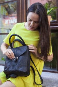 IMG 6581 200x300 Рюкзак в стиле Burberry из натуральной кожи питона