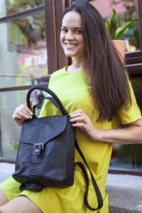 IMG 6582 200x300 Рюкзак в стиле Burberry из натуральной кожи питона