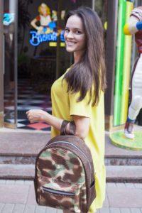 IMG 6589 200x300 Армейский рюкзак из кожи питона