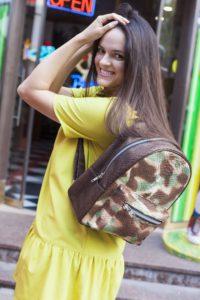 IMG 6593 200x300 Армейский рюкзак из кожи питона