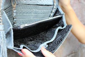 IMG 0182 300x200 Клатч портмоне из кожи питона
