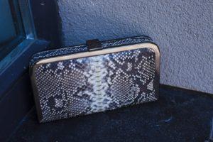 IMG 4639 300x200 Клатч портмоне из кожи питона