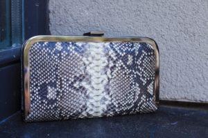 IMG 4640 300x200 Клатч портмоне из кожи питона