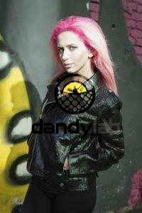 Dandylab piton018 200x300 Женская куртка косуха из натуральной кожи питона
