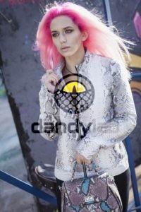 Dandylab piton035 200x300 Женская куртка из натуральной кожи питона