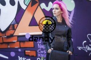 Dandylab piton083 300x200 Женская куртка из натуральной кожи питона