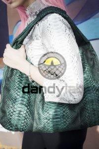Dandylab piton165 200x300 Сумка из натуральной кожи питона
