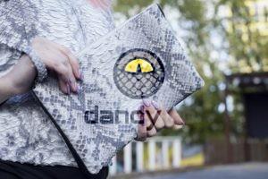 Dandylab piton194 300x200 Клатч косметичка из натуральной кожи питона